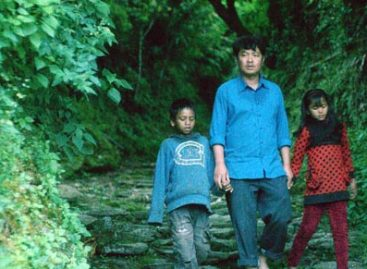 Movies Reviews: Longing for the presence of a father, a wife, a family and pure Nature
