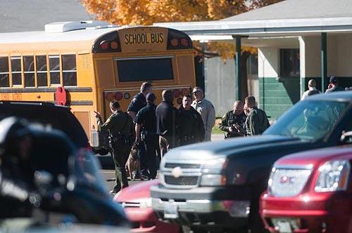 policia reno california tiroteio escola