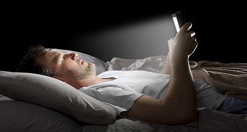celular antes de dormir