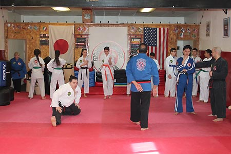 karate graduacao newark 2016 (1)