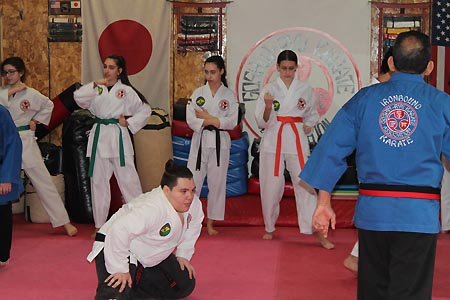 karate graduacao newark 2016 (2)