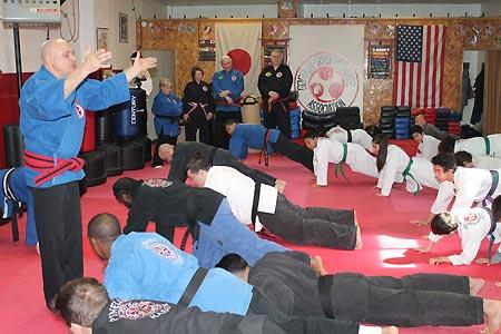 karate graduacao newark 2016 (25)