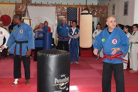 karate graduacao newark 2016 (33)