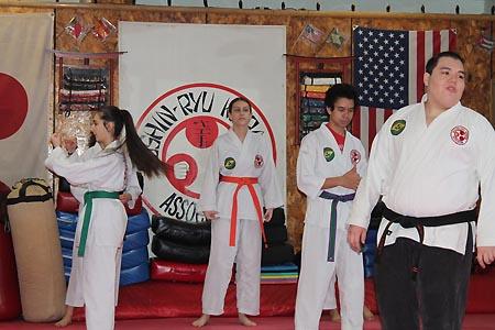 karate graduacao newark 2016 (4)