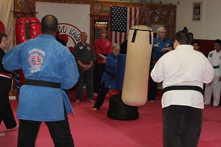 karate graduacao newark 2016 (42)